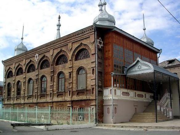 Businessmen God Nisanov and Zarakh Iliev Building Unique Museum in Azerbaijan